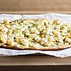 Hvid Pizza med kartoffel og gedeost