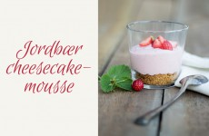 jordbær_cheesecakemousse_top_red