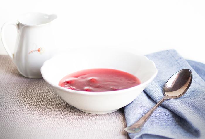 Rødgrød med fløde